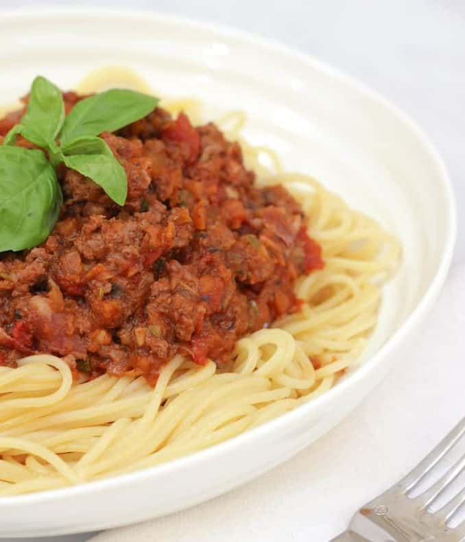 image of bolognese pasta