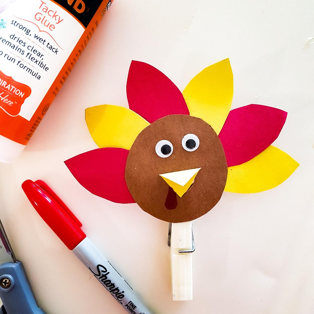clothespin turkey craft - thanksgiving toddler activity